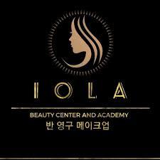 Iola Logo
