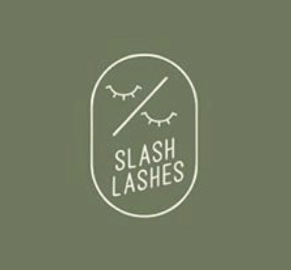 Slash Lashes Logo