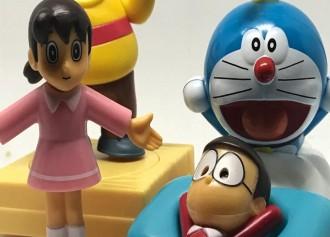 GRATIS Koleksi Mainan Doraemon