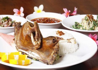 Get free Crispy Duck every day + Save Rp50.000,- every Thursday